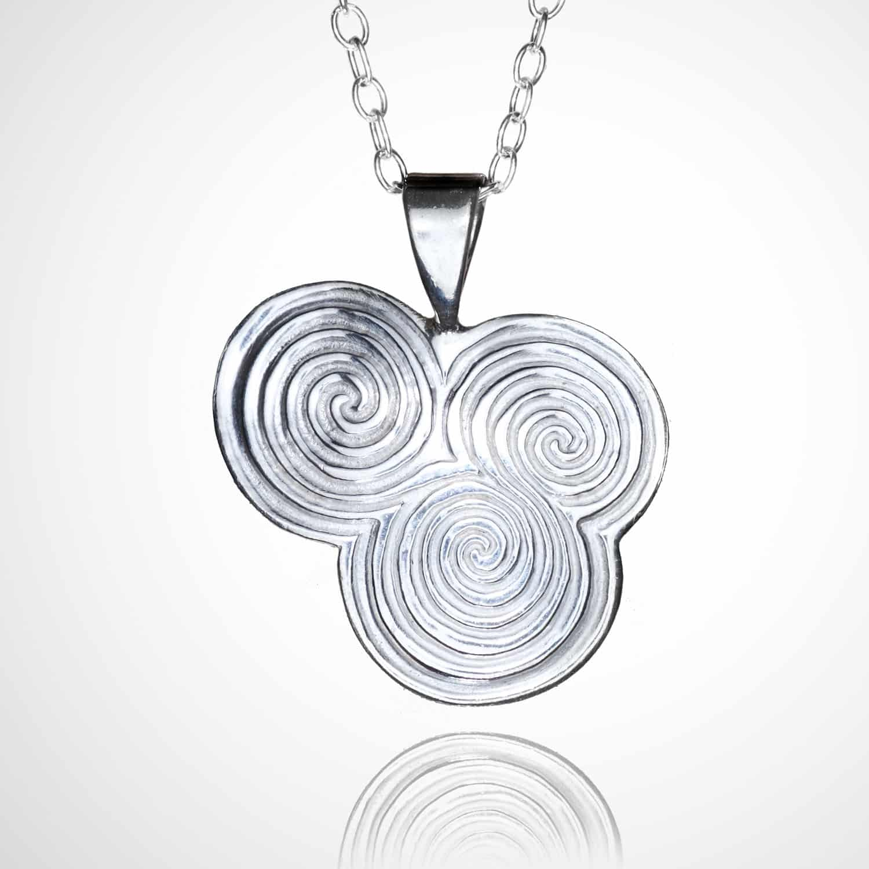 Triple spiral pendant